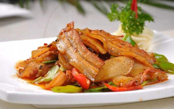 土猪肉好不好吃丨重庆回锅肉哪家强?我们连吃了20家