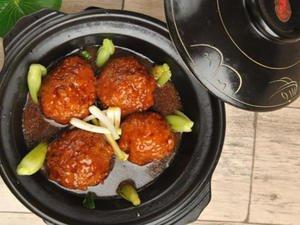 「小古美食」- 香浓入味,不油腻的红烧狮子头这样做!