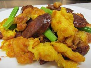 「小古美食」- 香肠炒鸡蛋,给你不一样的美食搭配!