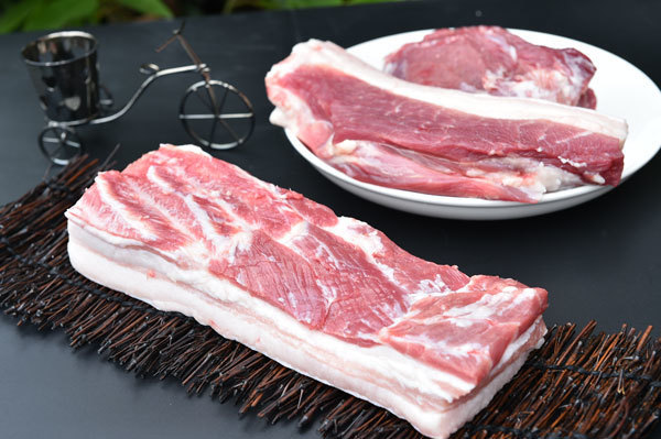 北方猪价触底大涨?幅度超1元,猪肉价格行情如何?